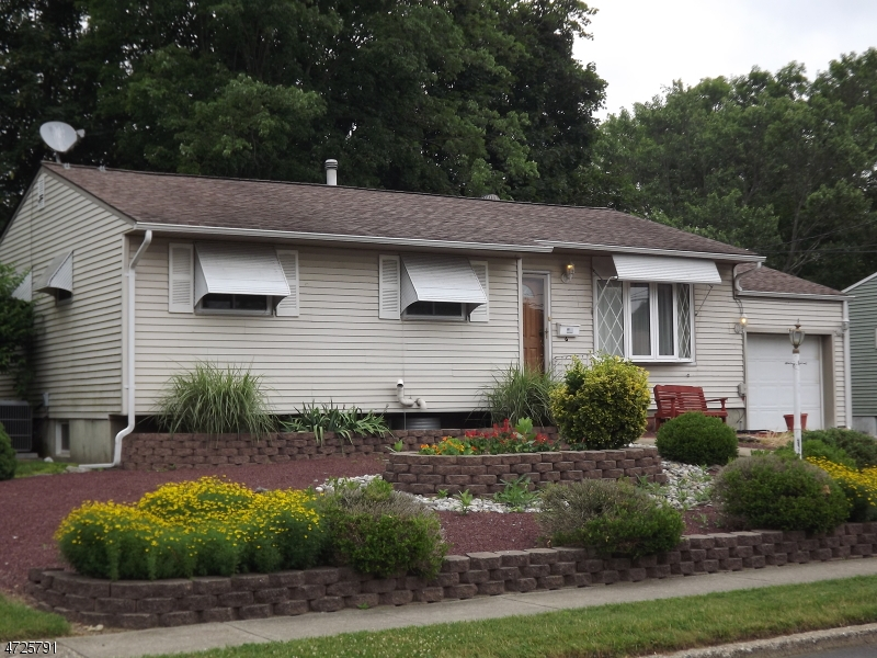 3 Bedroom ranch in desirable Kenwood section of Hackettstown.  Three season sunroom and a large  private back yard. Partially finished basement with a 1/2 bath. Hardwood floors.