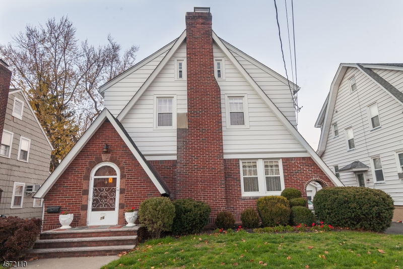 16 Ernst Ave, Bloomfield Twp., NJ 07003