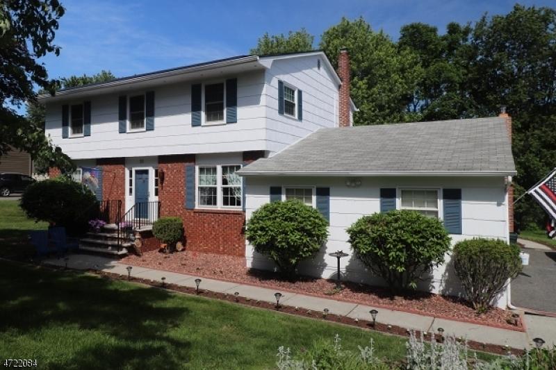 32 Pleasant Hill Rd, Roxbury Twp., NJ 07876