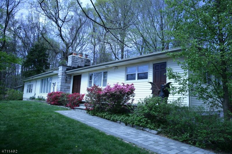 1385 Pleasant Valley Way, West Orange Twp., NJ 07052