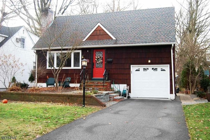 322 Marshall St, Ridgewood Village, NJ 07450