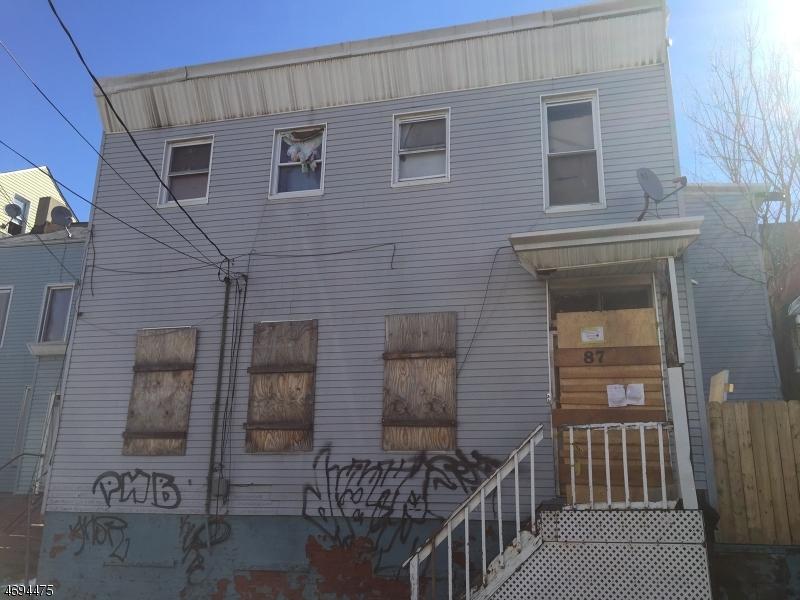 87 Madison St, Paterson City, NJ 07501