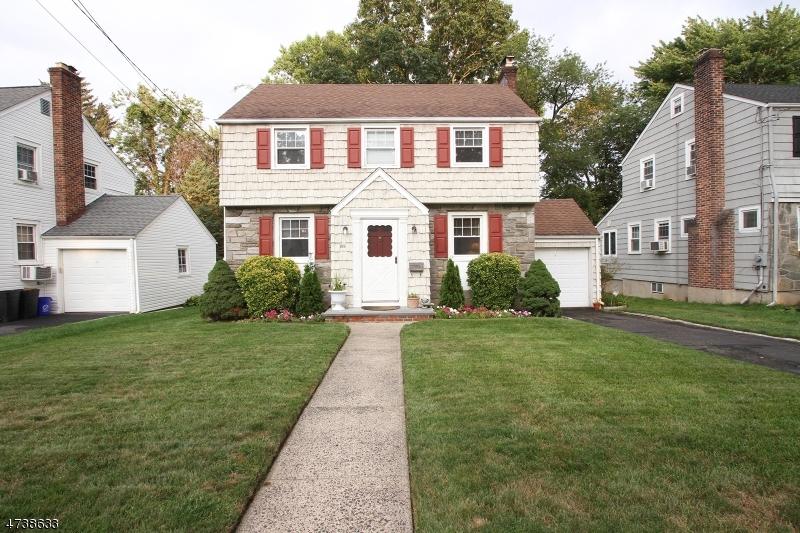 199 Stonehouse Rd, Bloomfield Twp., NJ 07028