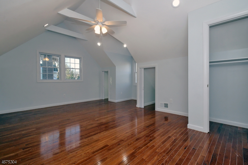 384 Bloomfield Ave Nutley - 15