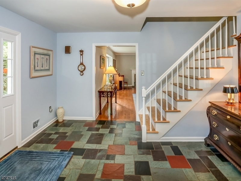 114  Westminster Rd Chatham Twp, NJ 07928-1364