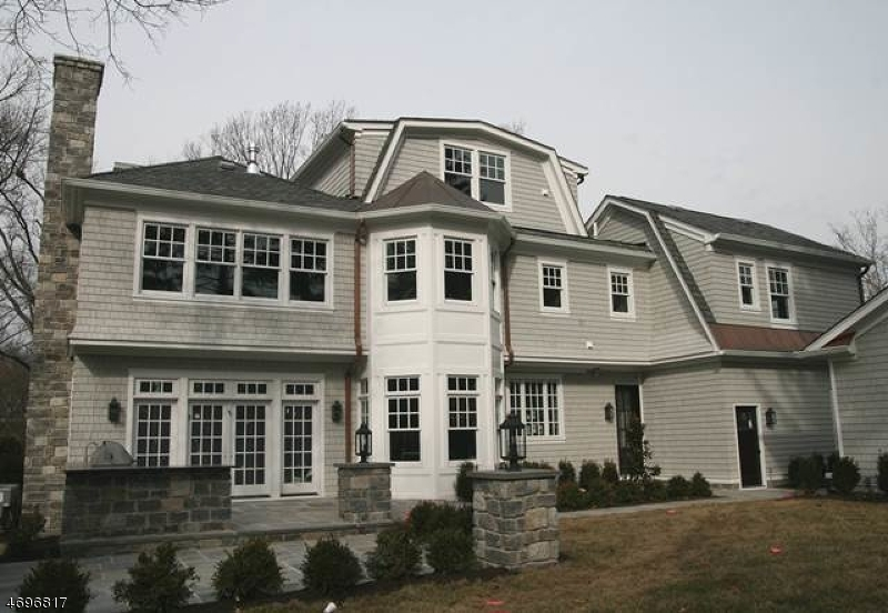 11  Sandy Hill Rd Chatham Twp, NJ 07928-1514