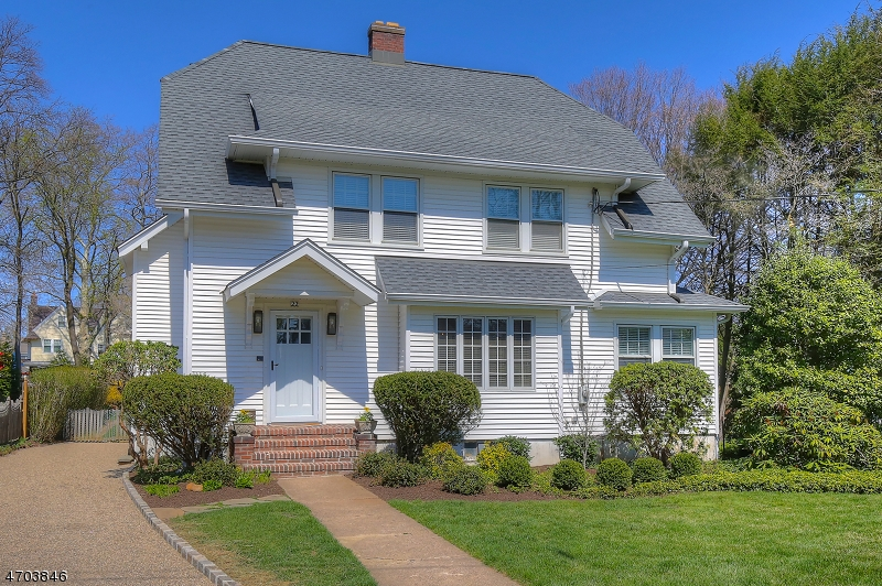 22  Hillcrest Rd Madison Boro, NJ 07940-2504