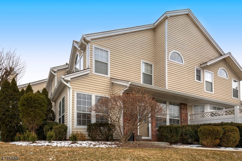 4  High Pond Ln Bedminster Twp, NJ 07921-2000