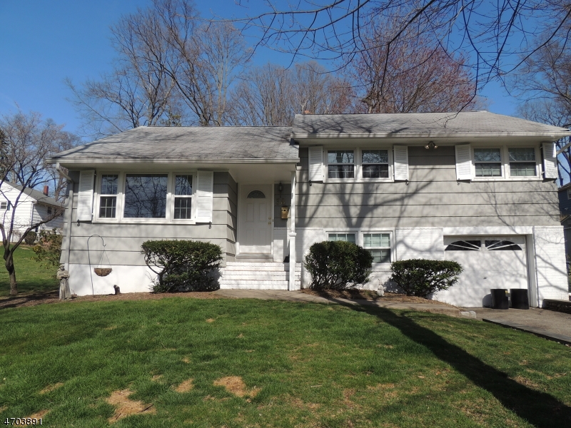 38  Continental Ave Morristown Town, NJ 07960-5912