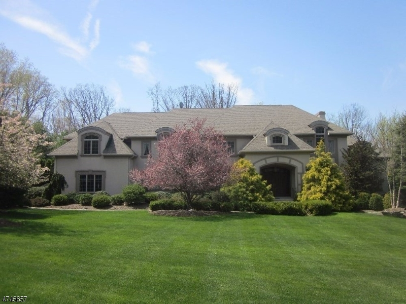 7  Stratford Ct Warren Twp, NJ 07059-5573