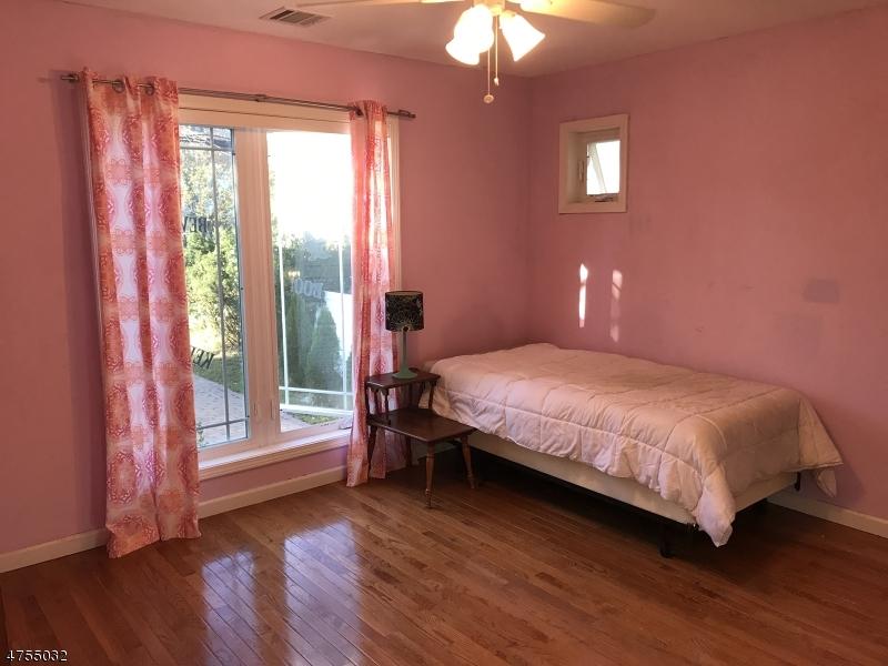 1  Sherman Ave Morris Twp, NJ 07950-1722