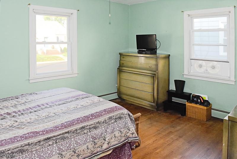 13  Kennedy Rd Morris Twp, NJ 07950-2311