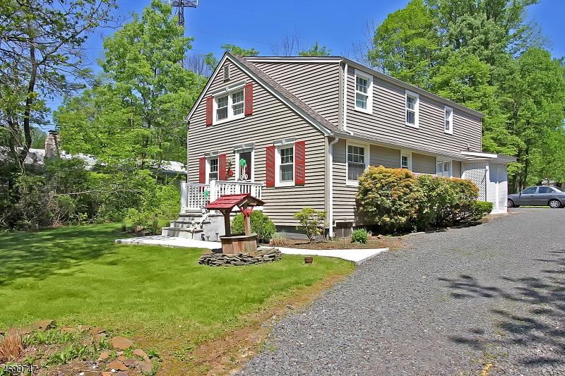 37  Old Smalleytown Road Warren Twp, NJ 07059-5438