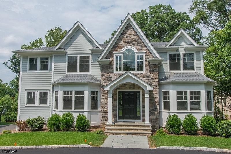273  White Oak Ridge Rd Millburn Twp, NJ 07078-1154