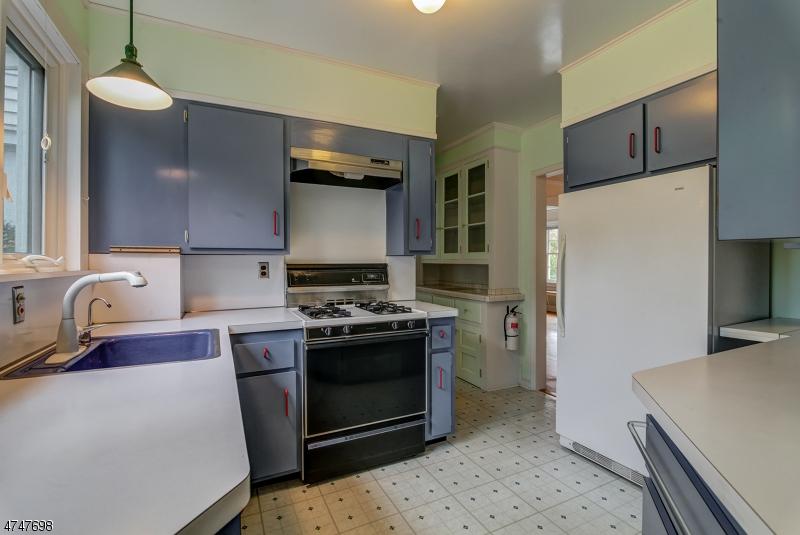 407  Woodland Rd Madison Boro, NJ 07940-2423