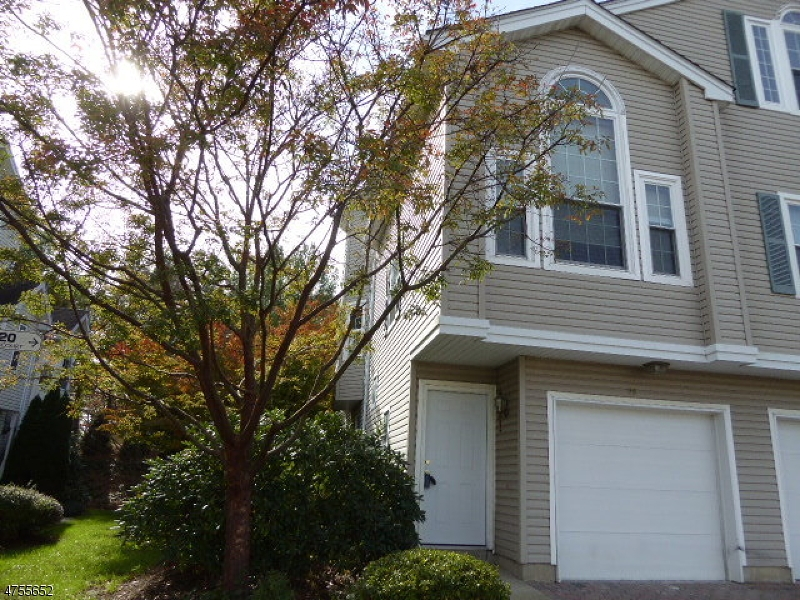 20  Witherspoon Ct Morris Twp, NJ 07960-2733