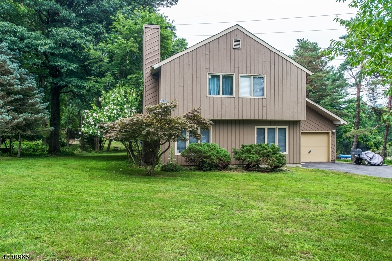 2  Birchmont Ln Warren Twp, NJ 07059-5436