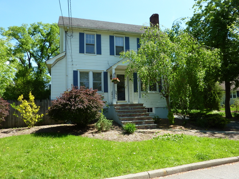 2  Florham Ave Florham Park Boro, NJ 07932-1311