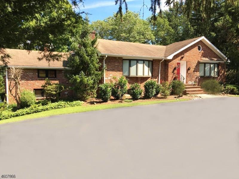6  Pheasant Hill Dr Bernardsville Boro, NJ 07931-2509