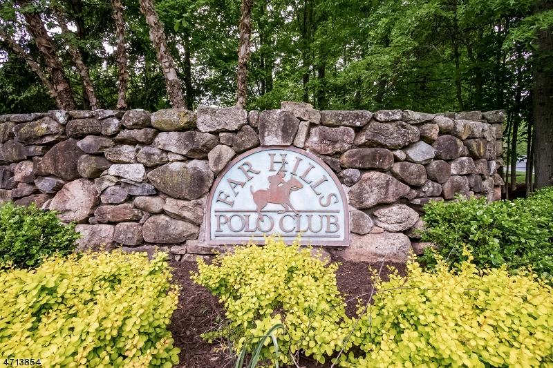 2  Ashington Club Rd Far Hills Boro, NJ 07931-2480