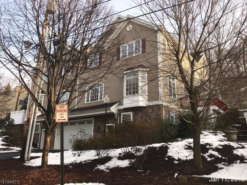 58  Chestnut St, UNIT 2 Morristown Town, NJ 07960-5107
