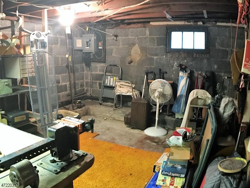 80  Mill Rd Morris Twp, NJ 07950-1637