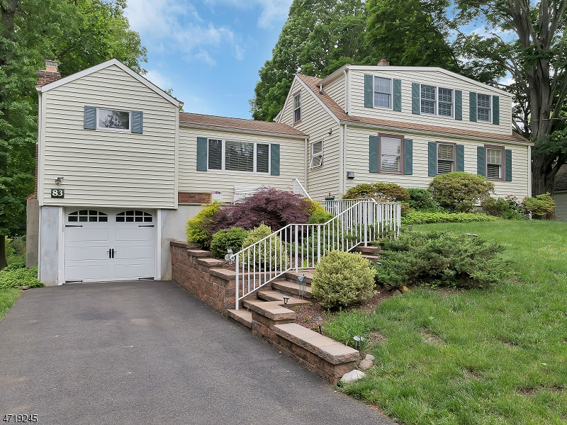 83  HILLCREST ROAD Warren Twp, NJ 07059-5304