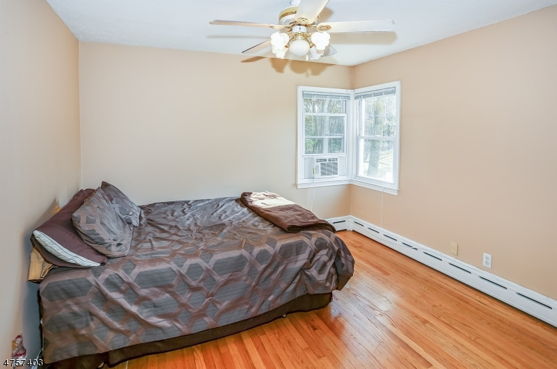 188  Stirling Rd Warren Twp, NJ 07059-5222