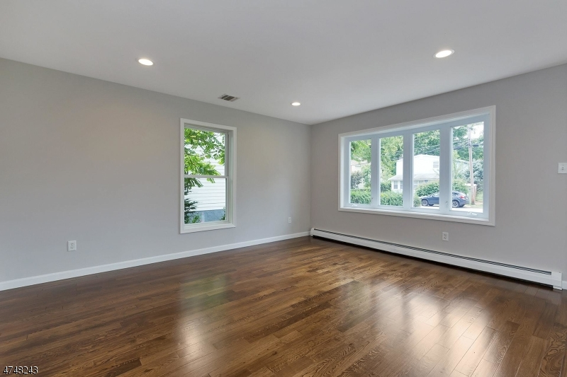 10  Highland Ave Morris Twp, NJ 07960-4030