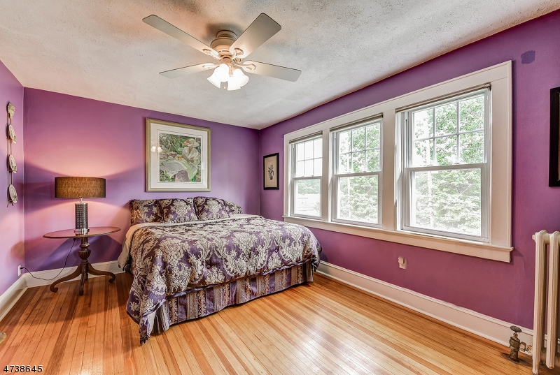 5  Durwood Pl Madison Boro, NJ 07940-2304