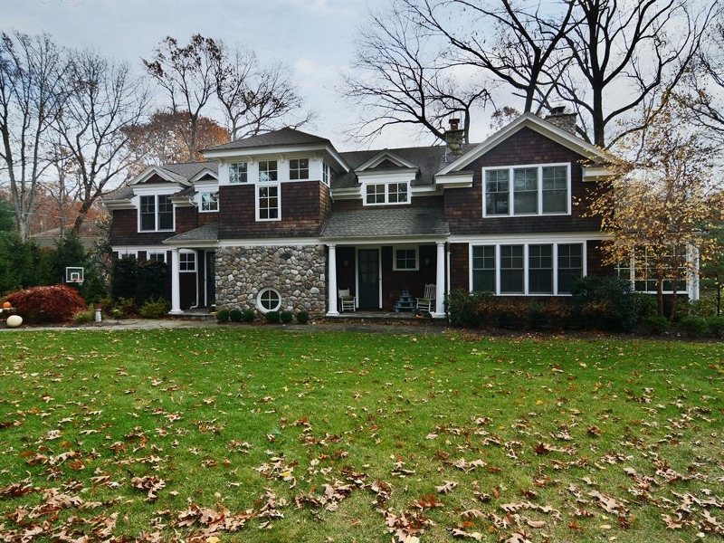 17  Williams Rd Chatham Twp, NJ 07928-1752
