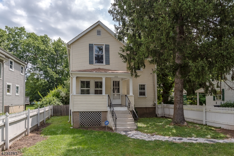 410  South St Morris Twp, NJ 07960-6408