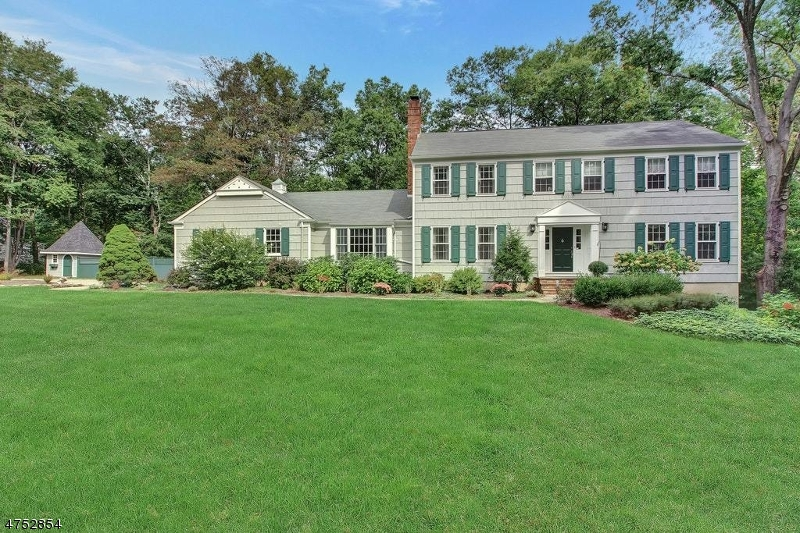 6  Brook Ridge Dr Bernards Twp, NJ 07920
