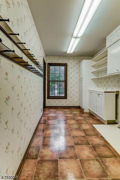 12  Colonial Way Madison Boro, NJ 07940-2703