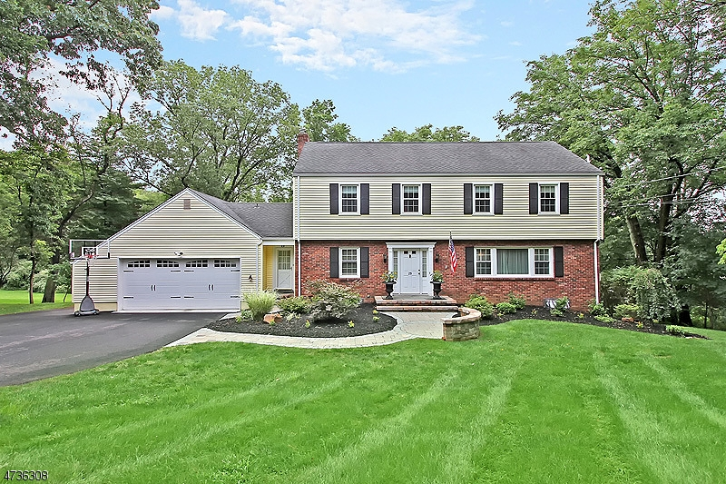 29  Penwood Rd Bernards Twp, NJ 07920-2220