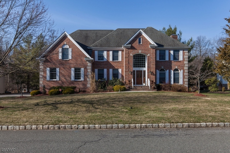 58  Sneider Rd Warren Twp, NJ 07059-7024