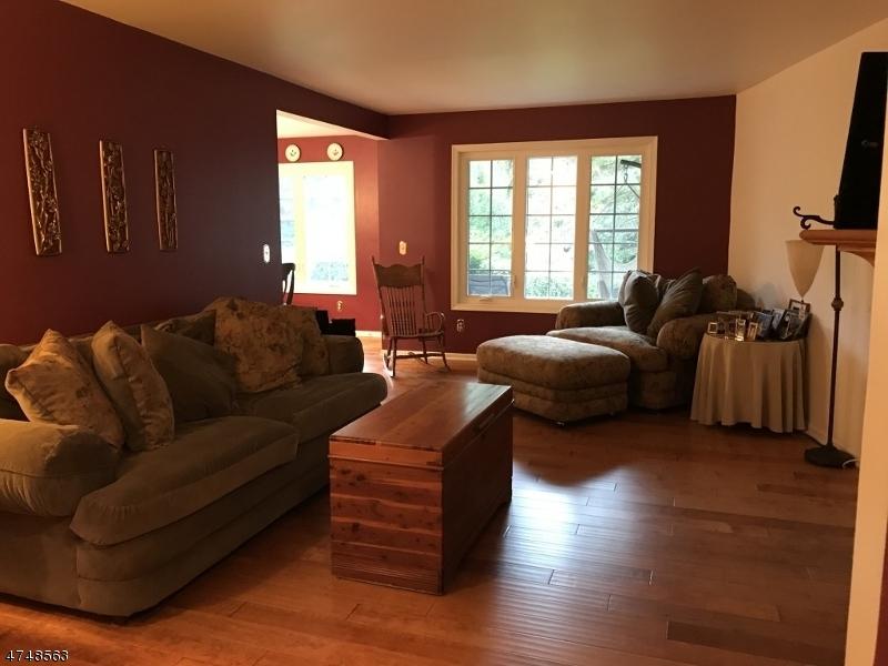 110  Terrace Dr Chatham Twp, NJ 07928-5000