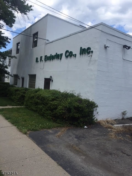 76  Abbett Ave Morristown Town, NJ 07960-4233