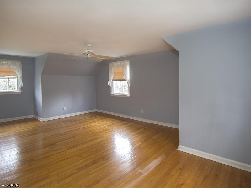 41  Dellwood Ave Chatham Boro, NJ 07928-1701