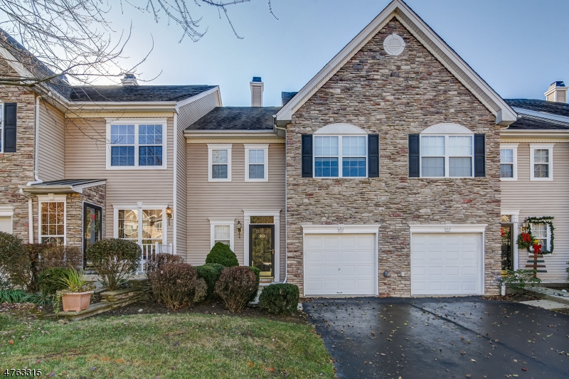 20  Cannon Ct Bernards Twp, NJ 07920-3841