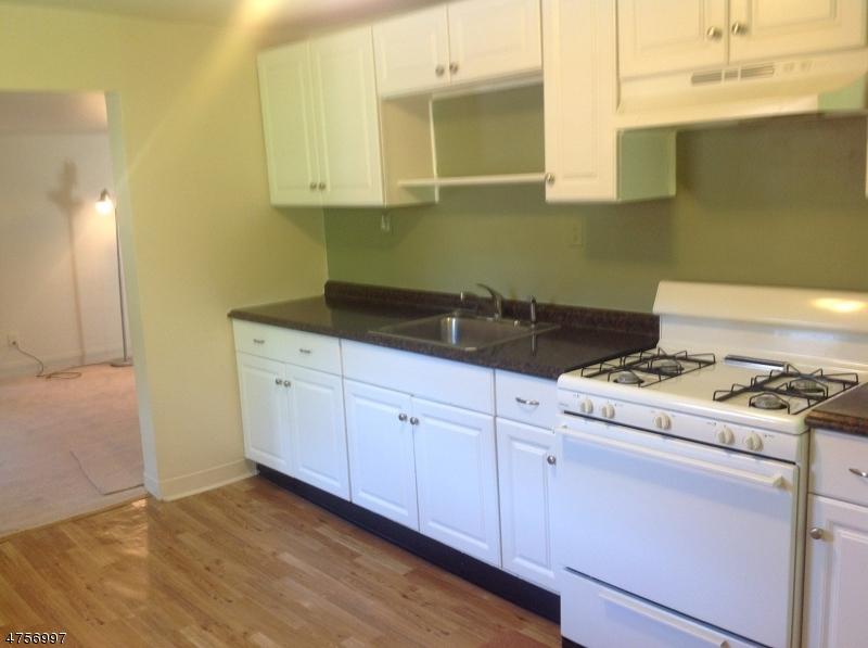 30  New St Montclair Twp, NJ 07042-4542
