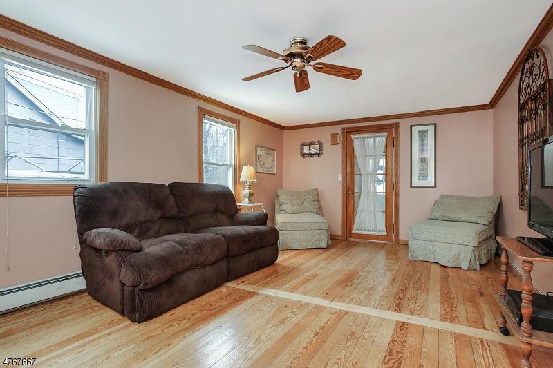 12  Fairfield Ave Warren Twp, NJ 07059-5706