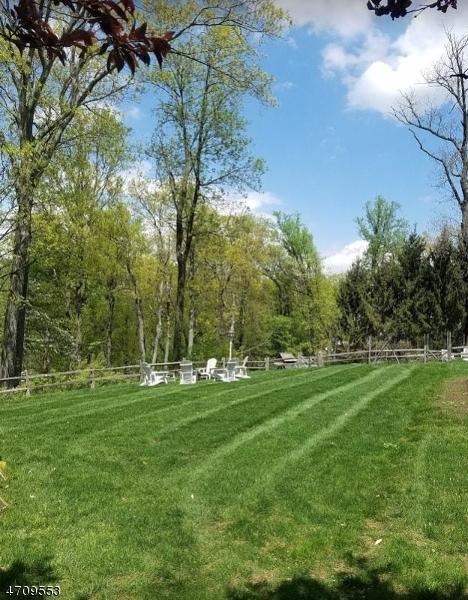 5  Forest View Dr Peapack Gladstone Boro, NJ 07934-2128