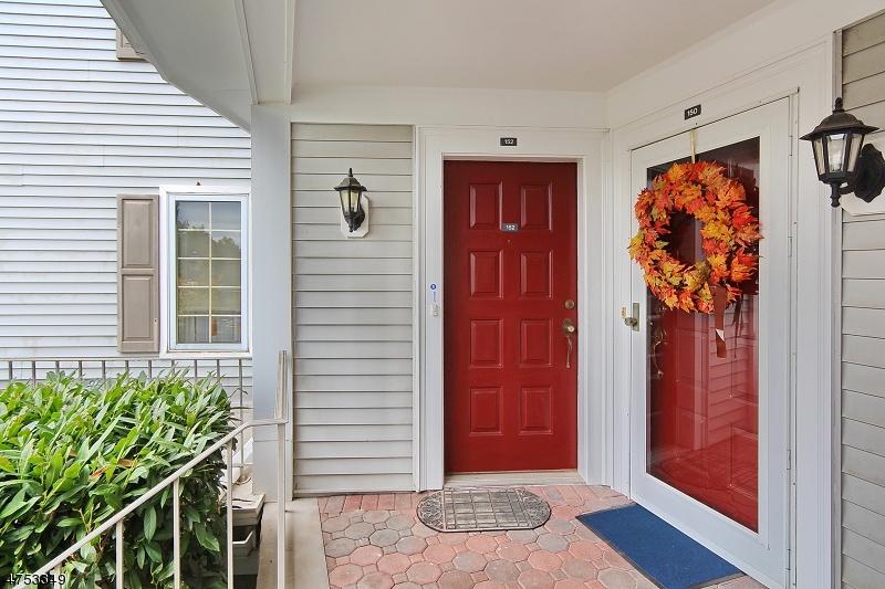 152  Terrace Dr Chatham Twp, NJ 07928-5001