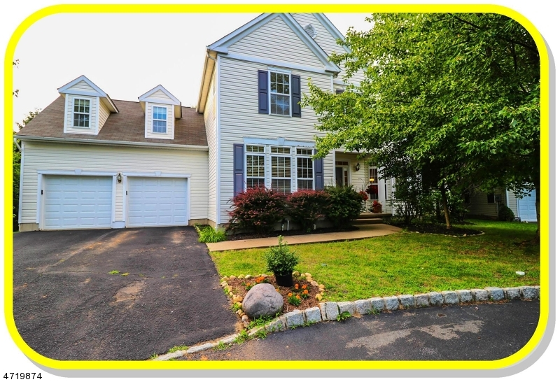 19  HONEYMAN ROAD Bernards Twp, NJ 07920-3821