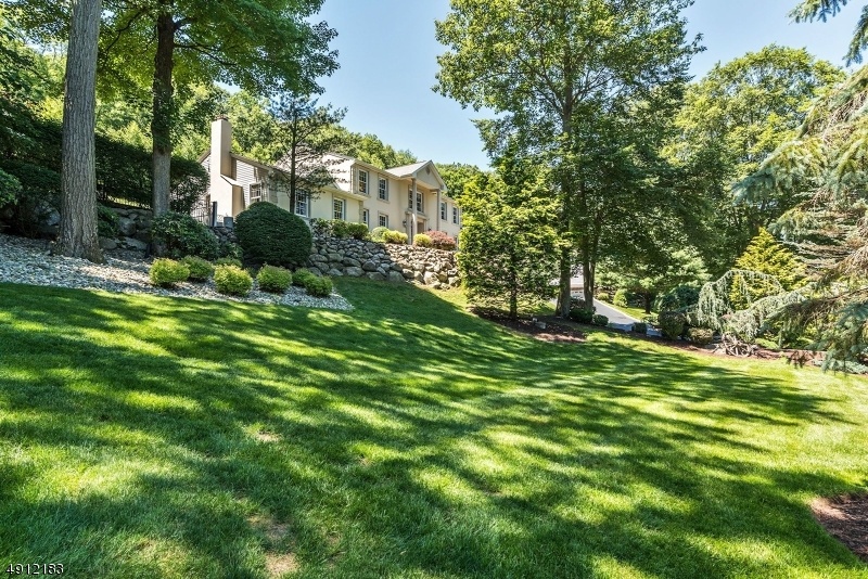Welcome home!  Situated on a cul-de-sac in the Saw Mill Estates of Kinnelon.