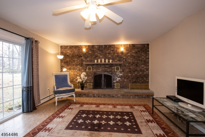 Family Room - Spacious and Cozy!