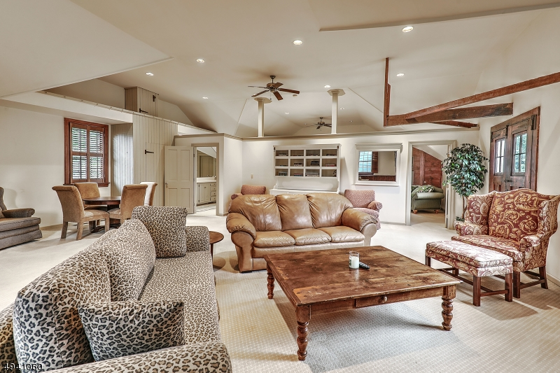 Carriage house living area