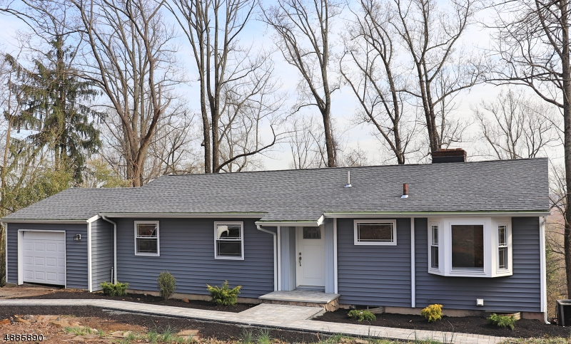 Beautiful 3 Bedroom 2 Full bath completely renovated ranch with amazing skyline views!