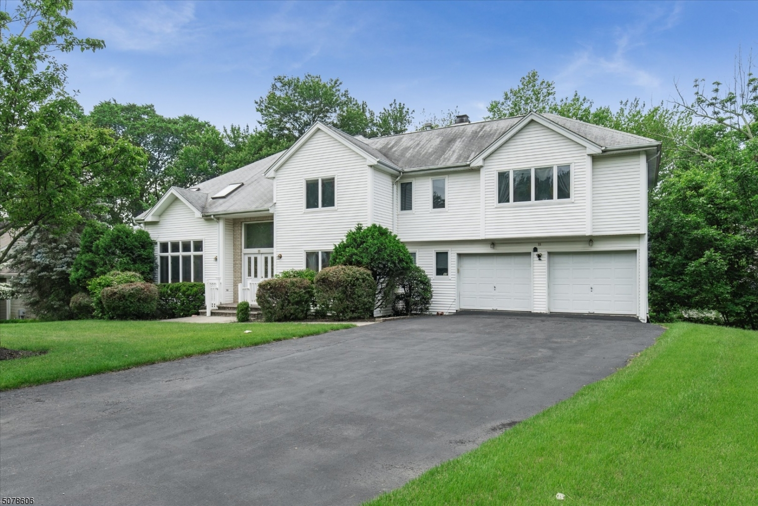 Contemporary style Colonial featuring 4 bedroom and 3 full bathrooms in a great section of Wayne!